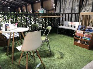 守口の中古車販売店に緑溢れる休憩スペースが誕生!